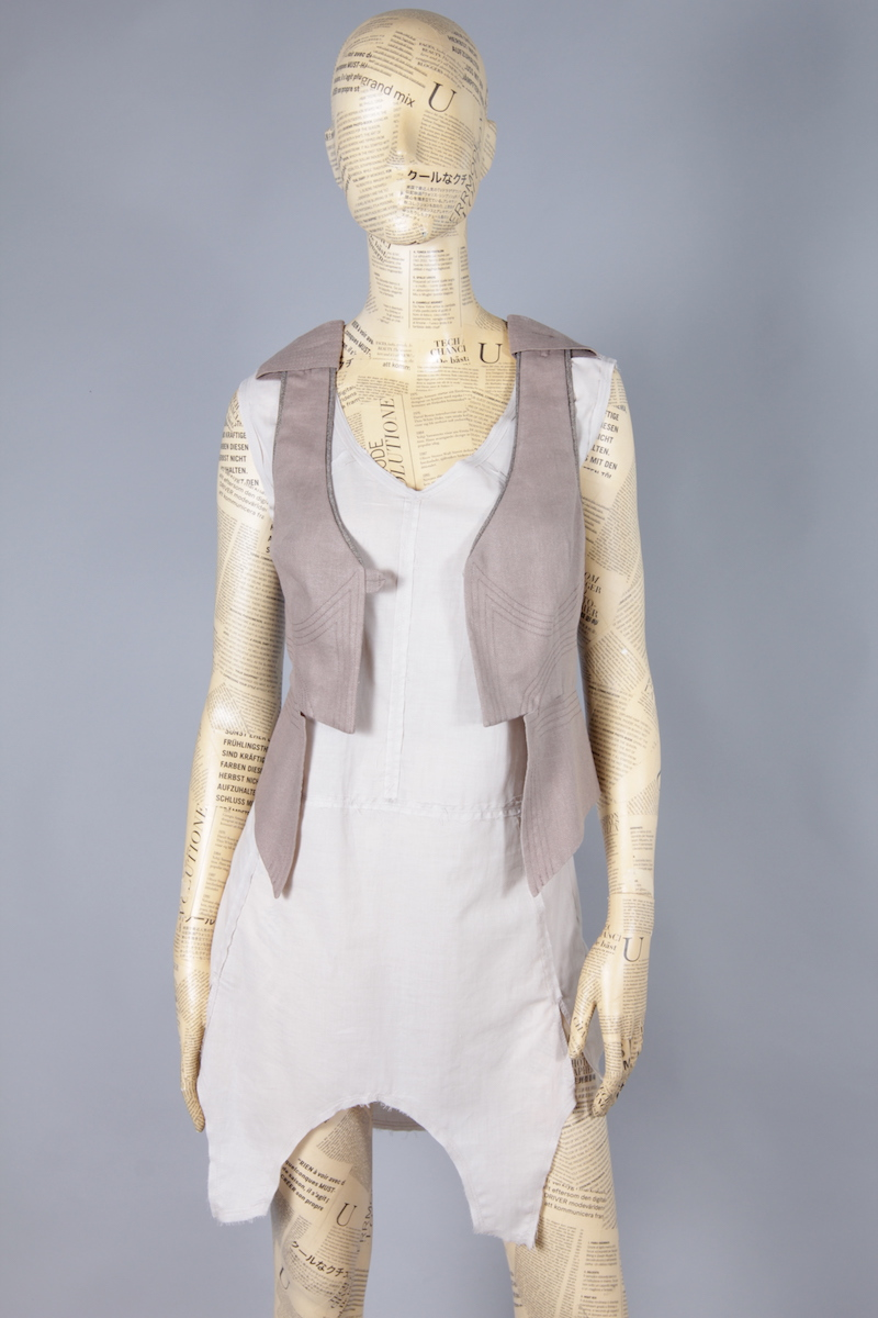VEST BEIGE WITH DECORATIVE STITCHES