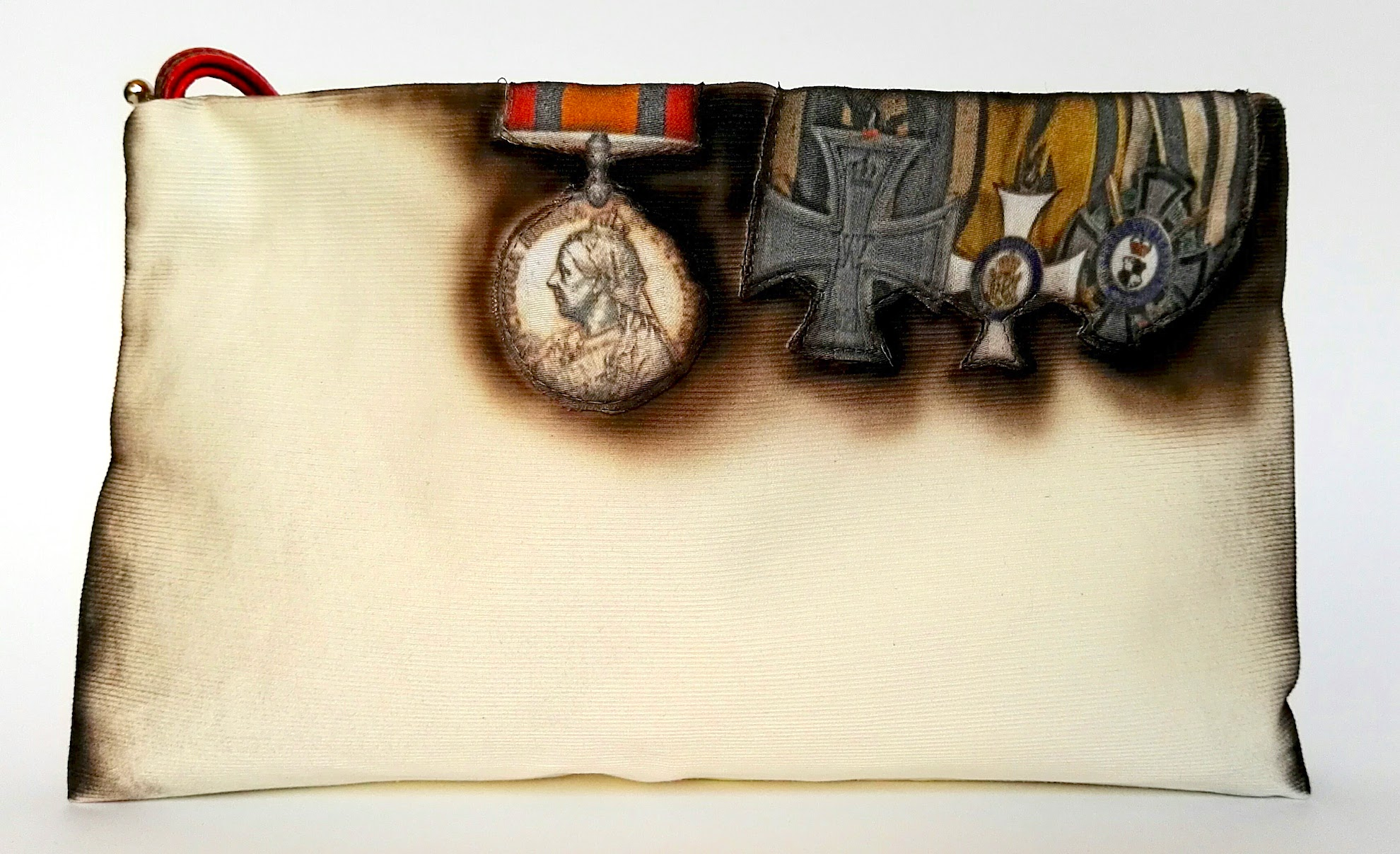 ARMY MEDALS PURSE WITH AIR BRUSH PEINTED